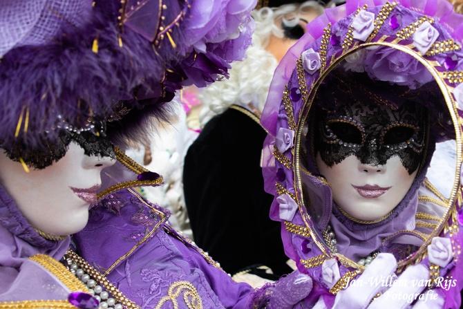 Costumés de Venise in Bruges